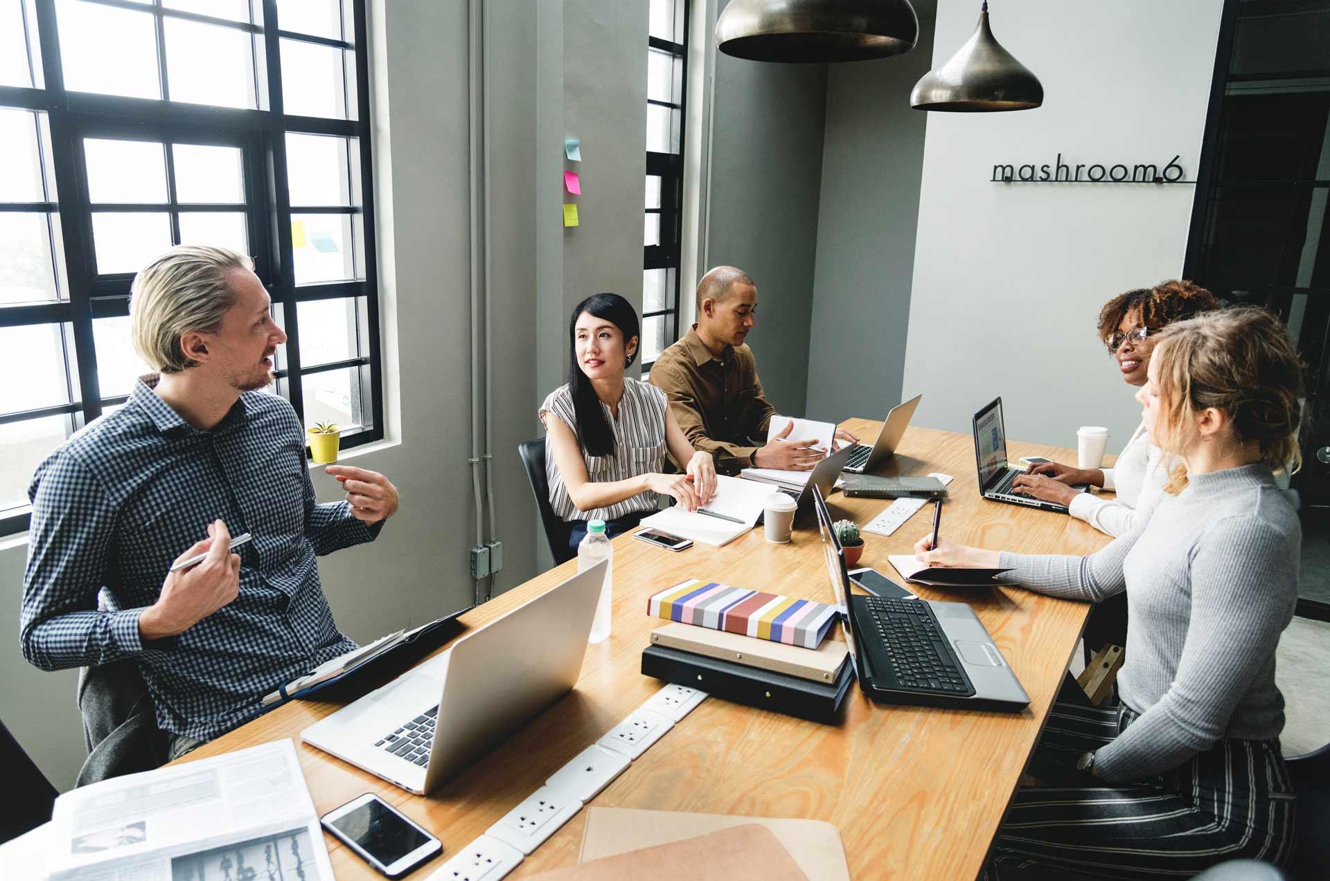 brainstorming-collaboration-colleague