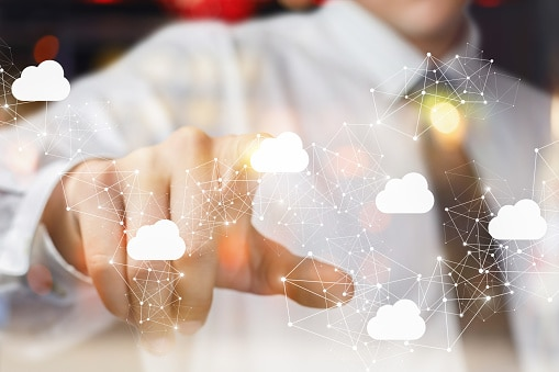Oracle Engagement Cloud Solution for Financial Institute